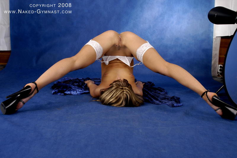 Etreme Nude Gymnastics Masturbation In Gymnastic Positions