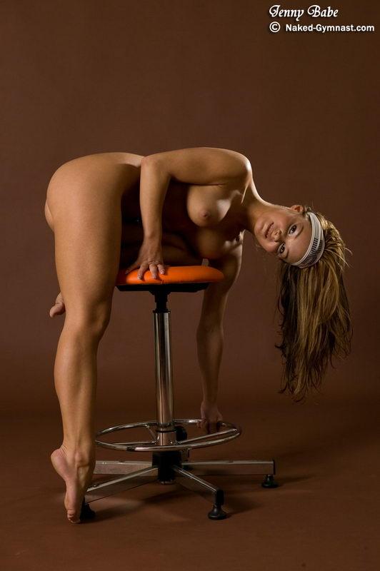 Flexible hot girls and naked women photos